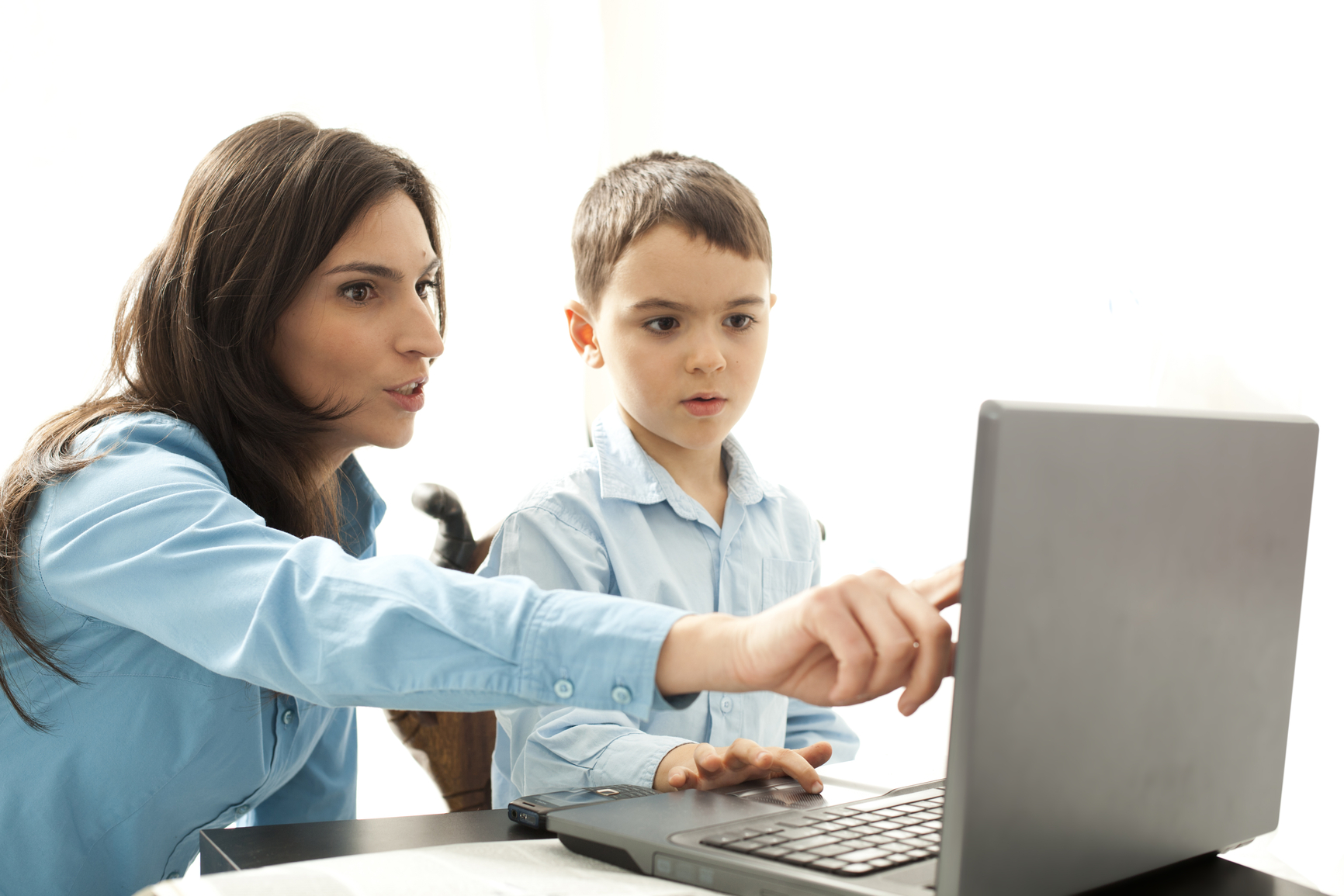 Top 6 Computer Safety Tips for Parents of young kids