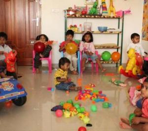 KIDS NEST Play School