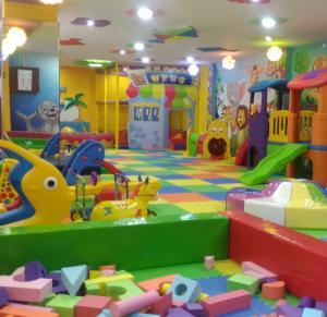 LITTLE WORLD INTERNATIONAL PLAY SCHOOL